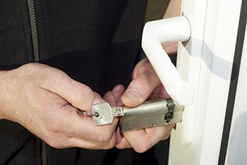 Royal Locksmith Store Mentone, CA 909-281-3537